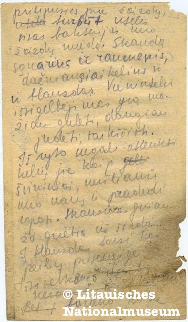 Erinnerungen von Dalia Grinkevičiūtė, aufgeschrieben 1949-1950. Litauisches Nationalmuseum. Handschriftliche Aufzeichnungen auf vergilbtem, an den Seiten ausgerissenem Papier.